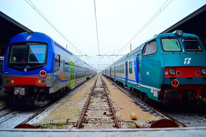 train-3412393_1280