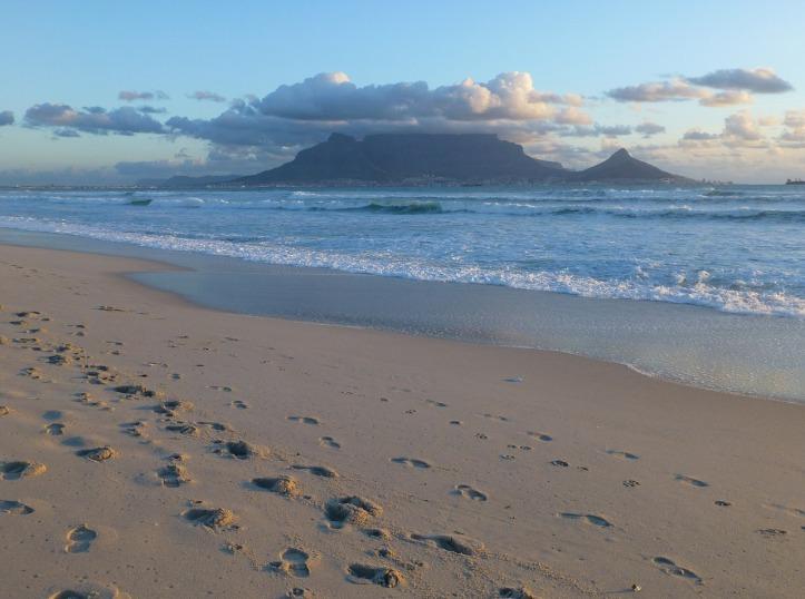 beach-483868_1280
