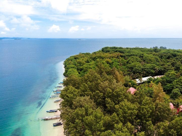 lombok-4781198_1280